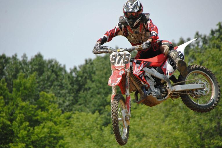 motocross – muž na motorce