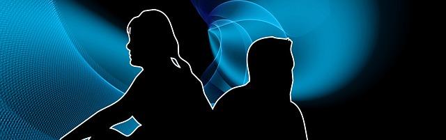 muž a žena řeší konfliktní situaci