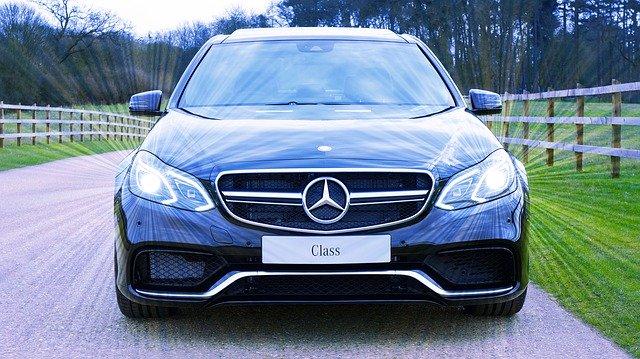 luxusní Mercedes
