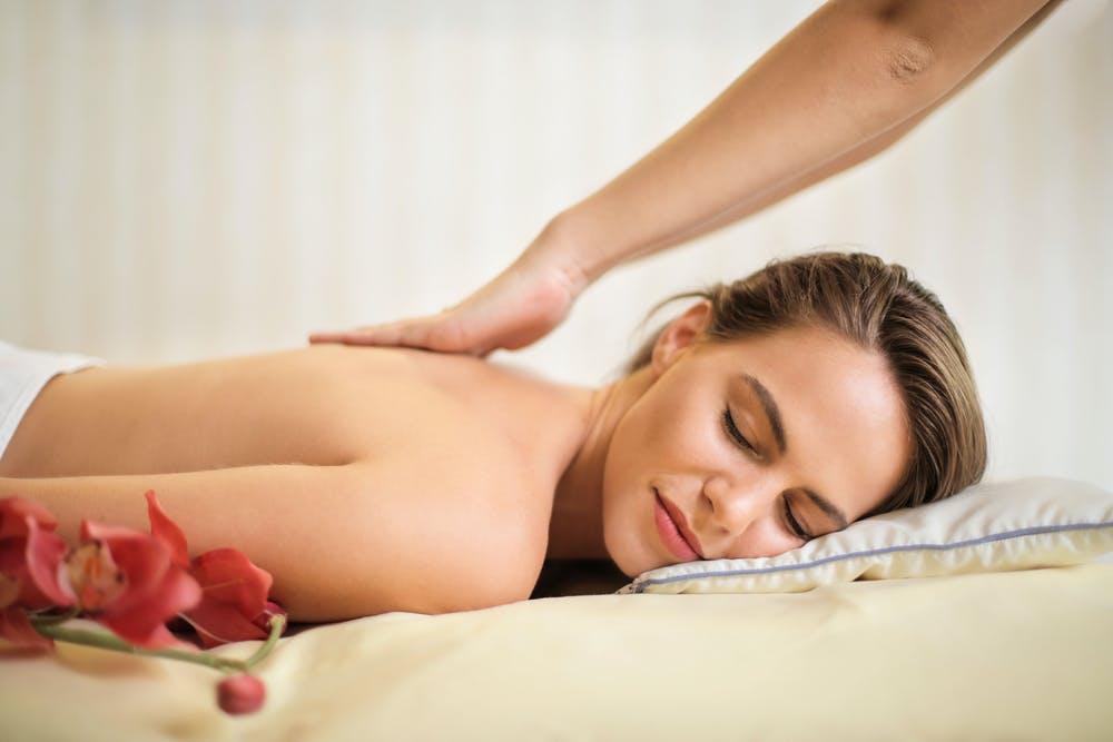 masáž záda